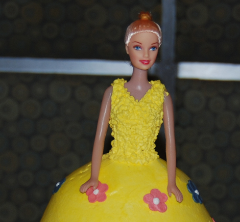 first_birthday_party_cake_barbie